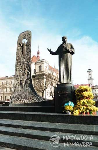monumento-a-Taras-Shevchenko-01