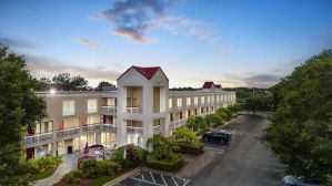 Red Roof Inn PLUS+ Orlando – Convention Center / Int'l Dr