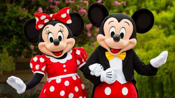Frozen Sing Along Celebration Desfiles E Muito Mais No Disney S Hollywood Studios Viajando Para Orlando