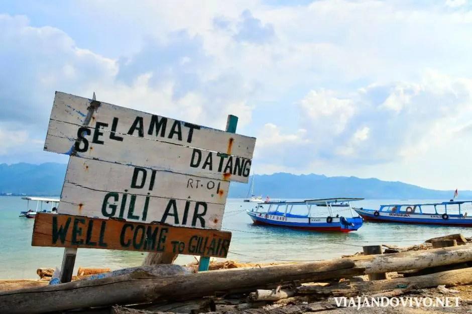 Cartel de bienvenida en Gili Air