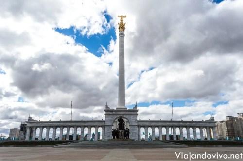 La plaza principal de Astana