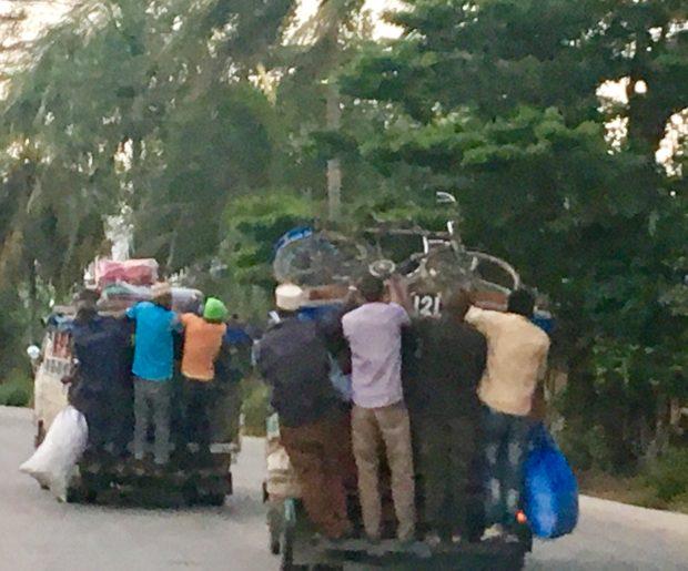 Dalla-Dalla - Transporte em Zanzibar