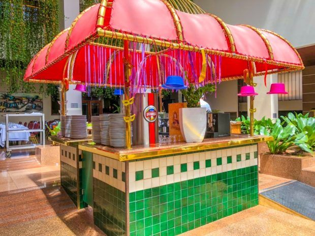 Ilha do bar do Restaurante Ipê do Castro's Hospedagem em Goiânia