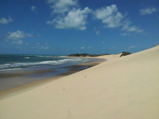 Melhores praias da costa leste do Ceará