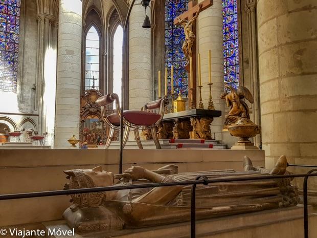 Onde fica o túmulo de Ricardo Coração de Leão em Rouen na Normandia