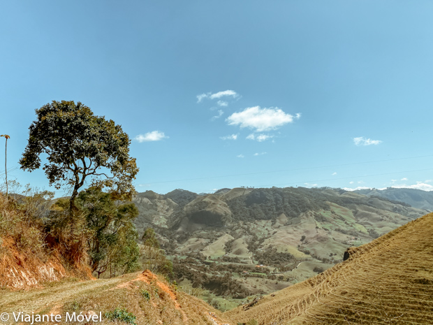 Trilhas e cachoeiras em Minas Gerais