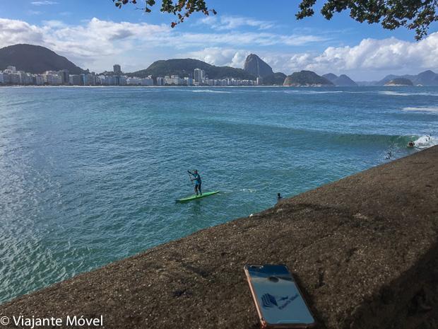 Stand up paddle na praia de Copacabana, Rio de Janeiro