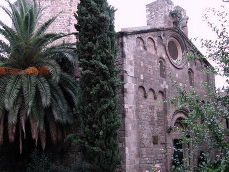 Rambla del Raval de Barcelona  Viajar a Barcelona
