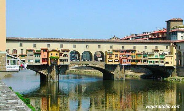 Ponte Vecchio Puente Viejo de Florencia  Viajar a Italia