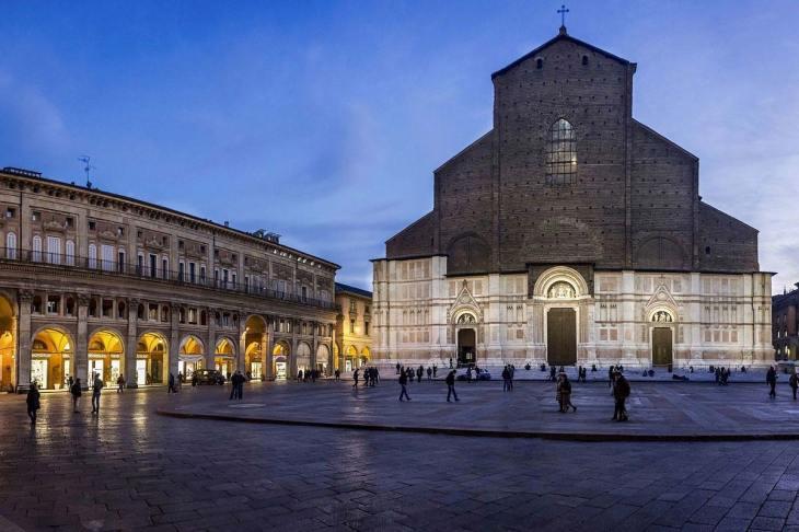 Visitar la Basílica de San Petronio: Guía de Bolonia