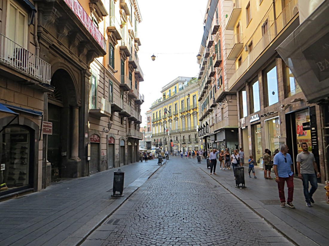Via Toledo Napoli Mister No Wikimedia Commons