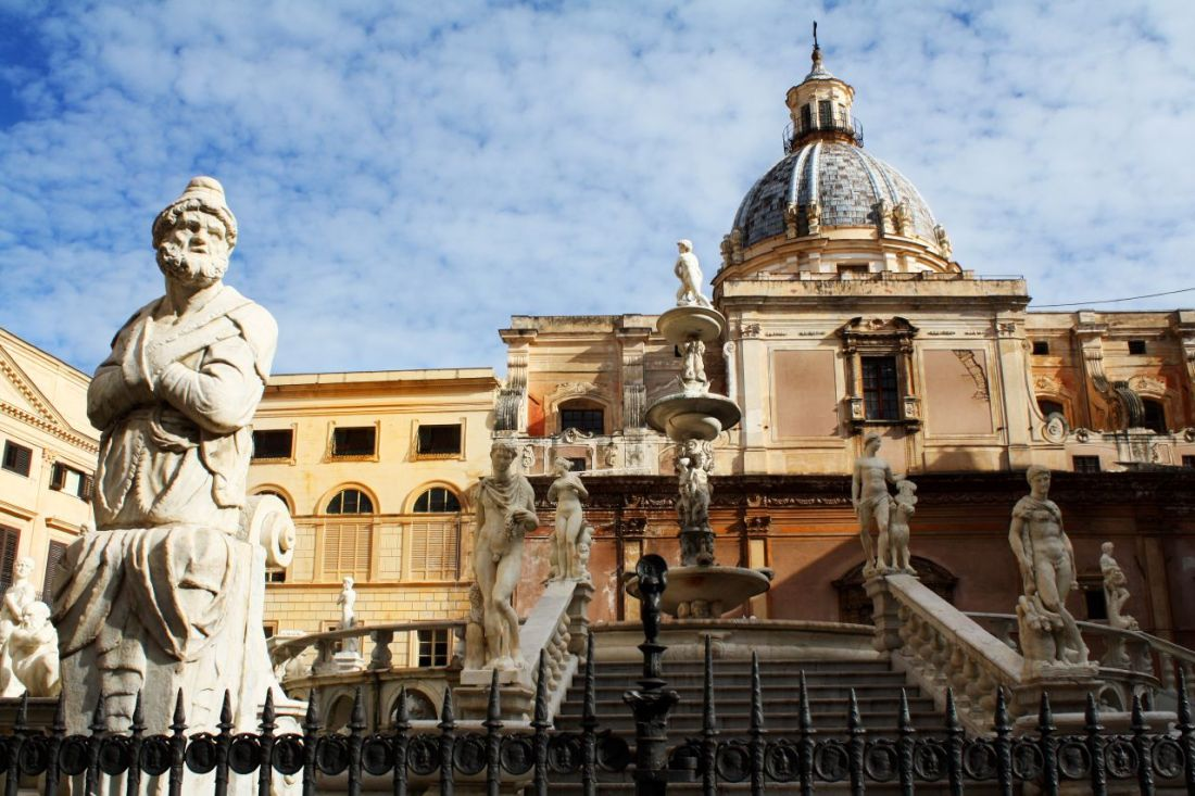 Piazza Pretoria en Palermo foto de Dimitry B flickr