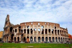 Viagens e voos baratos para Roma