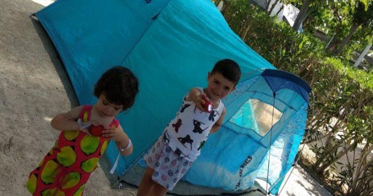 Camping con niños por primera vez en Kikopark (Oliva)