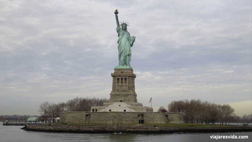 Estatua de la libertad de Nueva York. Qué ver en Nueva York en una semana. . Qué ver en Nueva York en una semana