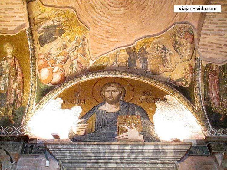 Mosaicos del Pantocrátor de San Salvador de Chora