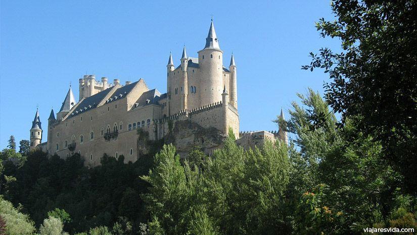 El castillo más elegante de España