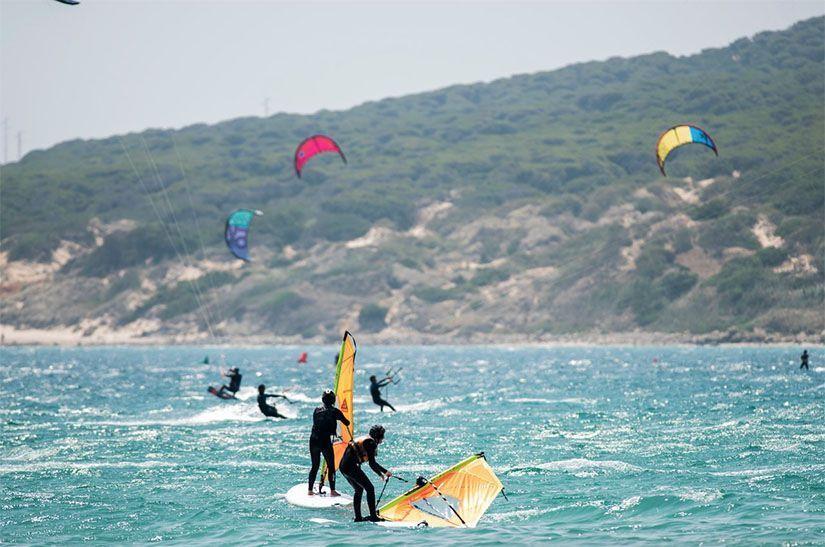 Deportes náuticos en Valdevaqueros (Tarifa)