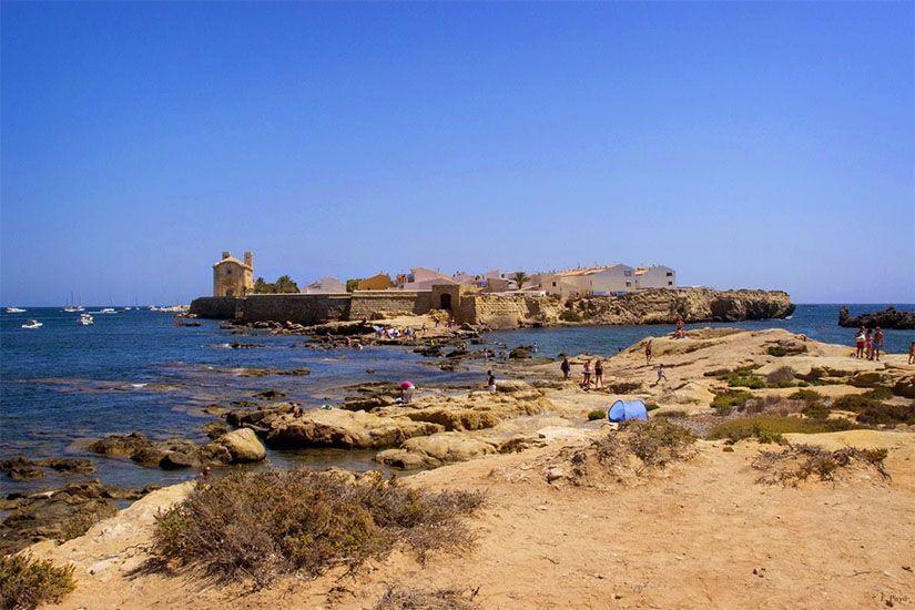 Vistas de la isla desde el islote de La Cantera