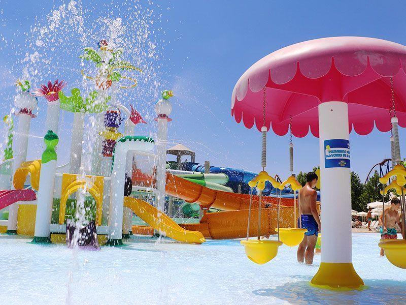 Atracción ¡Todos al agua! del Parque Warner Beach