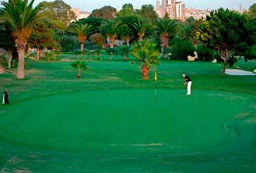 jugar a golf, actividades