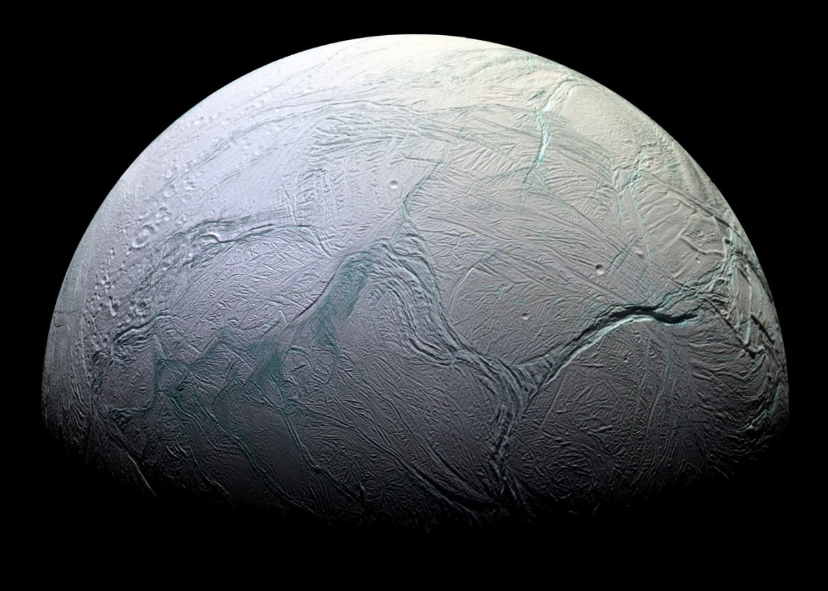 Luna helada Enceladus