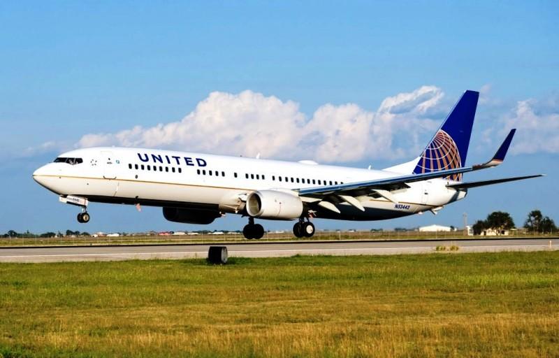 United_Continental_nuevos_aviones__horiz