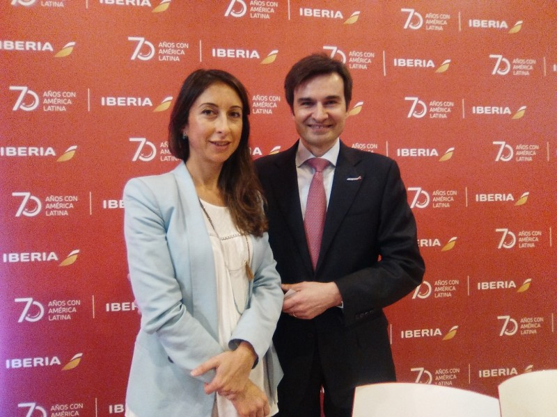 Silvia_Mosquera_y_Marco_Sansavini_rueda_de_prensa_Iberia_Fitur_2016