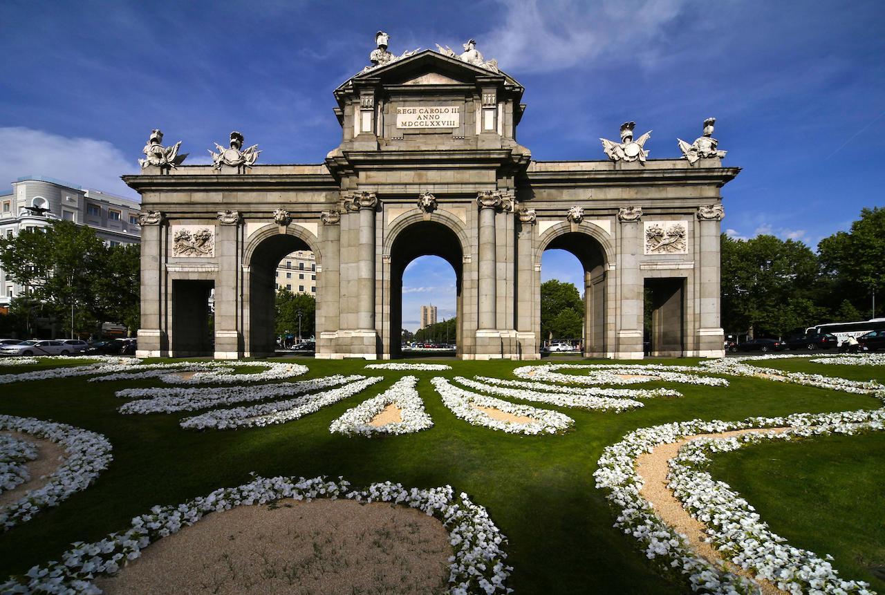 Madrid - Puerta de Alcalá