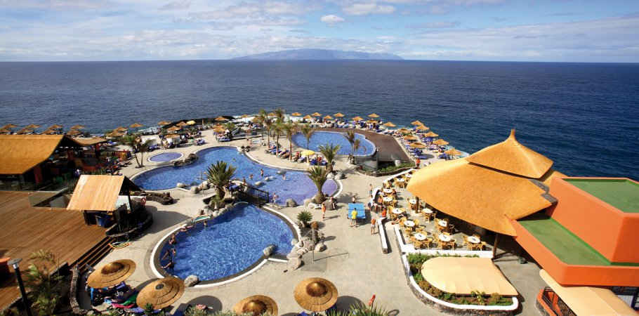 swimming-pool-sea-view-hotel-barcelo-santiago-tenerife37-8103