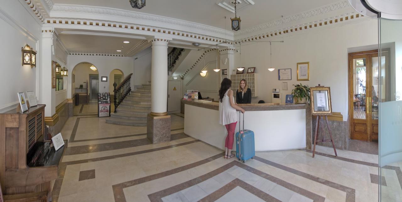 Hotel Asturias 1