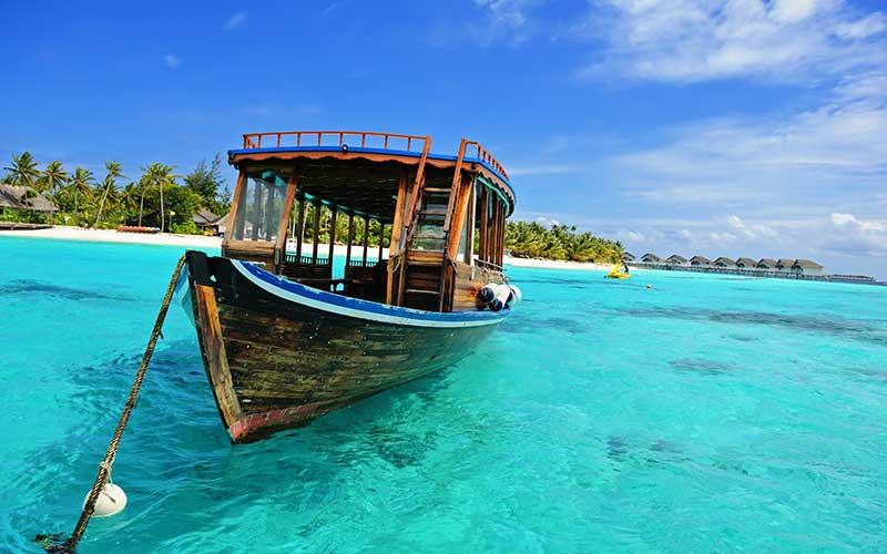 maldivas-barco