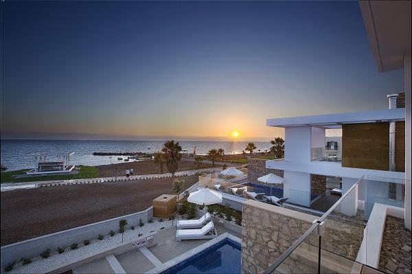 Paradise Cove Luxurious Beach Villas 1