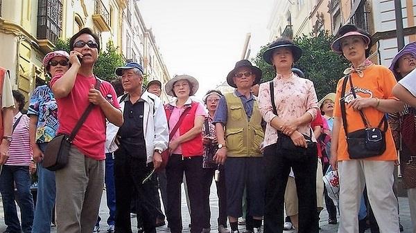 Turistas-chinos_848625148_351946_1020x574