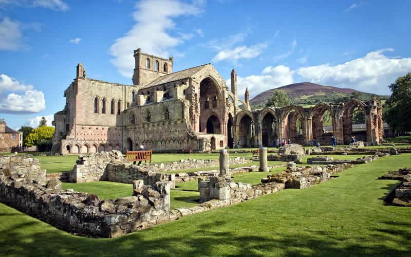 Melrsoe-Abbey