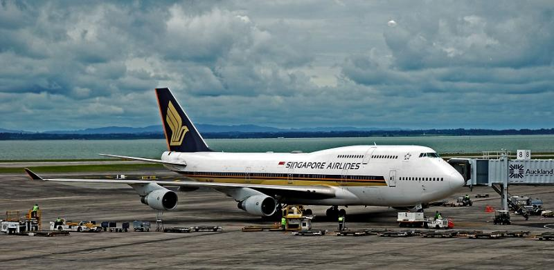 Singapore_Airlines_SIA_h
