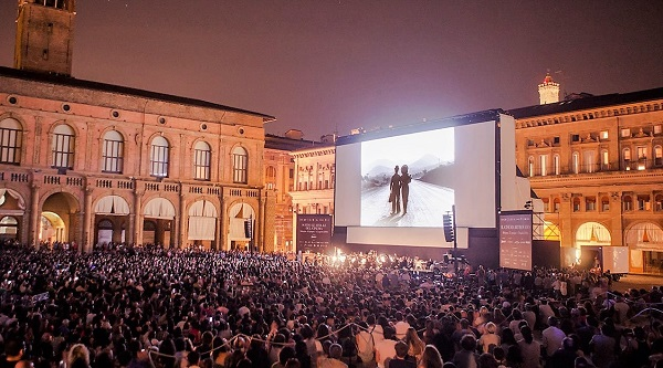 Top5_RooftopCinema_02_nr5_Bologna_1-1493210592