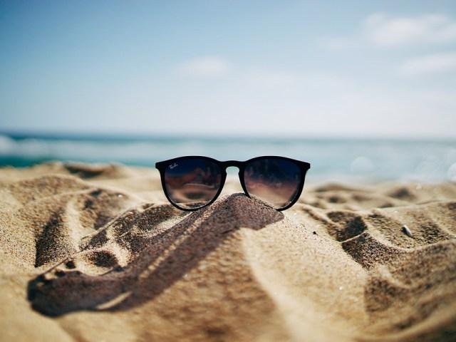 Guía práctica para proteger tus ojos en verano