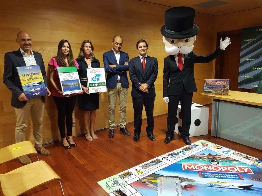 Patrocinadores_de_la_ediciyn_Canarias_junto_a_Fernando_Sanz_y_Mr._Monopoly_entre_otros