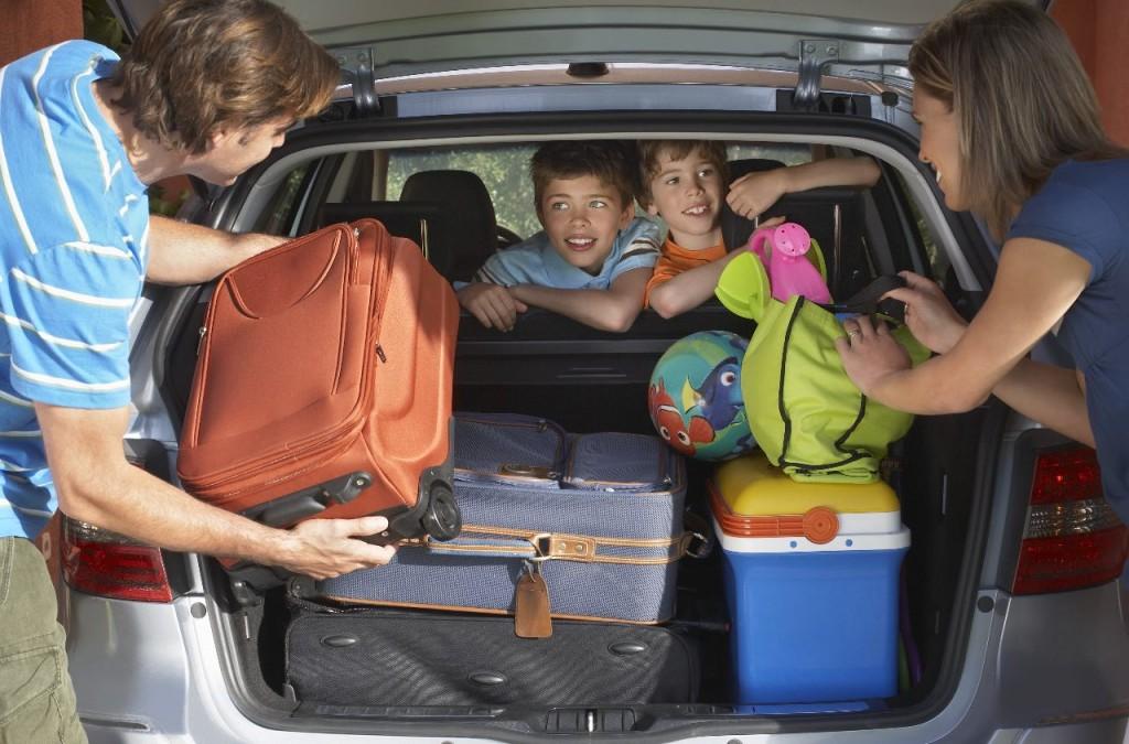 viajar-con-niños-en-coche_GfJPT