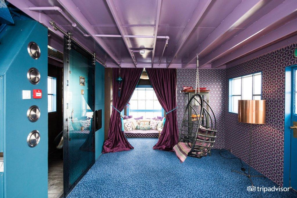 secret-suite--v9838963