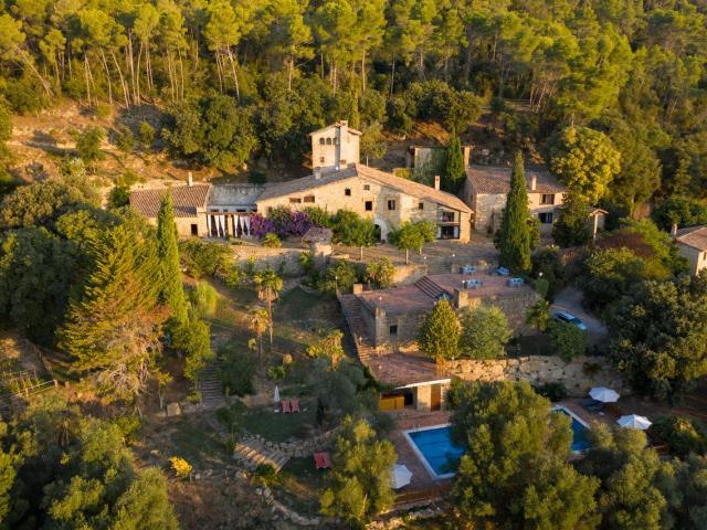 Respira aire puro en el Valle de Llémena (Girona)