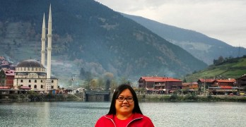 Viajera Profile:  Mary Charmel Samonte