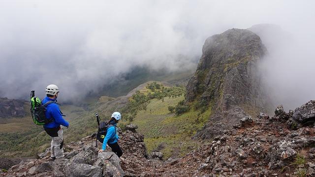 Escalando montañas con otros couchsurfers