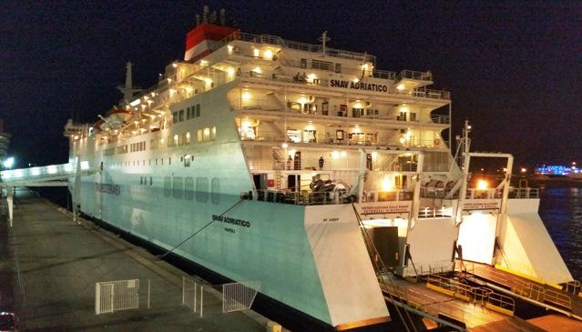 Embarque en barco ADRIATICO - Puerto de Barcelona
