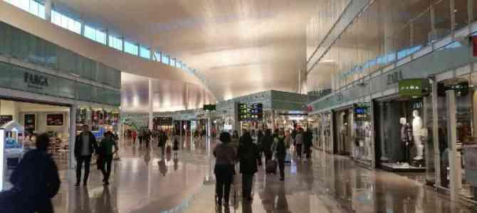 Aeropuerto de Barcelona: cómo llegar y qué hacer allí (aparte de volar)