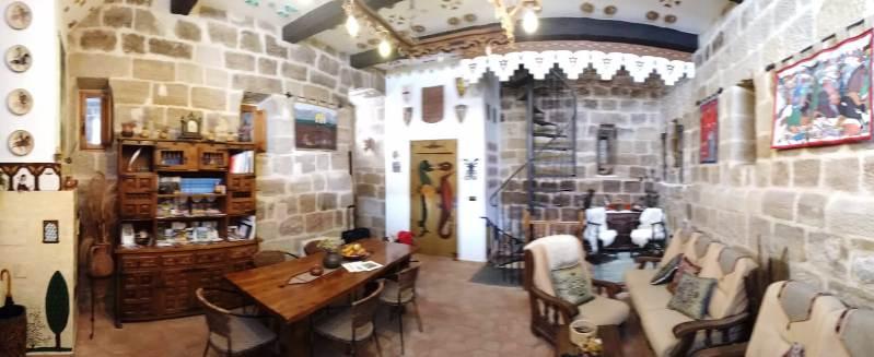 Torrefuerte Rural - Panorámica del salón principal