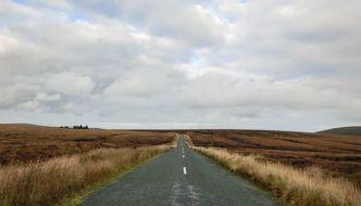 Excursiones desde Dublín (III), Military Road