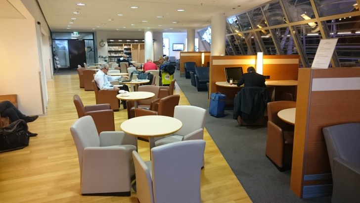 Zurich ZRH airport - Oneworld y Skyteam Lounges Priority Pass-26