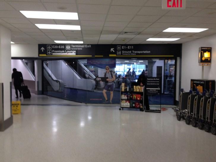 Sala VIP lounge oneworld en Terminal E de Miami - MIA-04